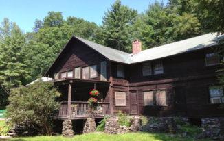 Villetta Inn - Site of the Woodstock Mayapple Writers Retreat - Byrdcliffe Guild